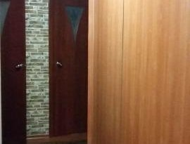 Продажа 4-комнатной квартиры, Алтай респ., Горно-Алтайск, Поселковая улица, 10, фото №1