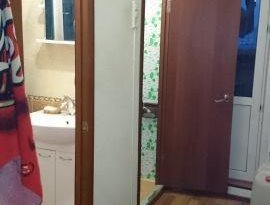 Продажа 4-комнатной квартиры, Астраханская обл., Астрахань, улица Аксакова, 14к2, фото №3