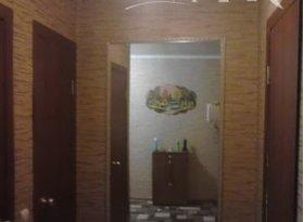 Продажа 4-комнатной квартиры, Калужская обл., город Калуга, улица Пестеля, 8, фото №1