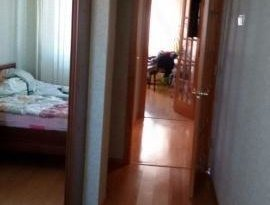 Продажа 4-комнатной квартиры, Магаданская обл., Магадан, Пролетарская улица, 75, фото №2